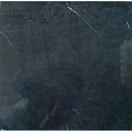 piso de marmol negro